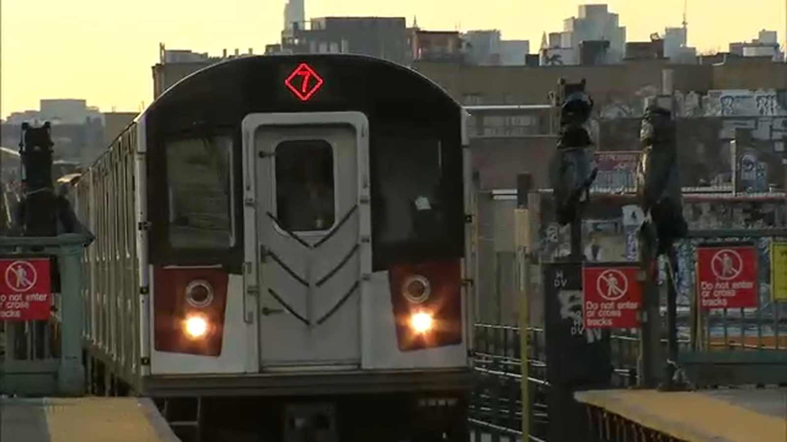 Transit President furious after snow and ice cause delays on the 7 train
