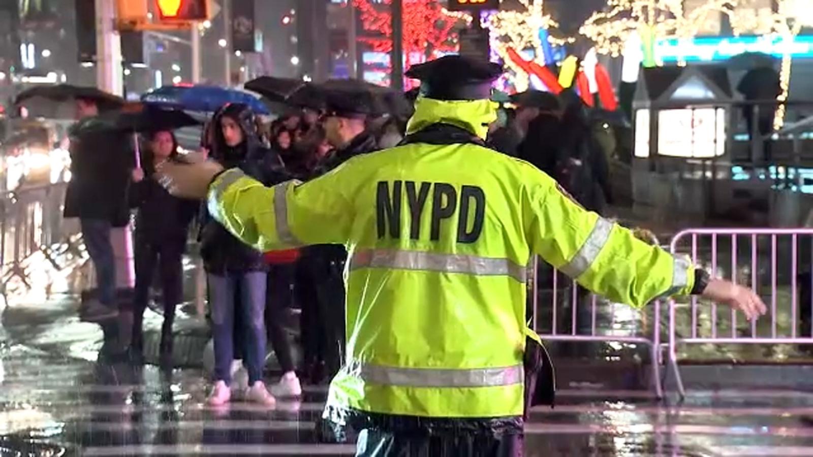 Street shutdowns near Rockefeller Center making it easier for pedestrians