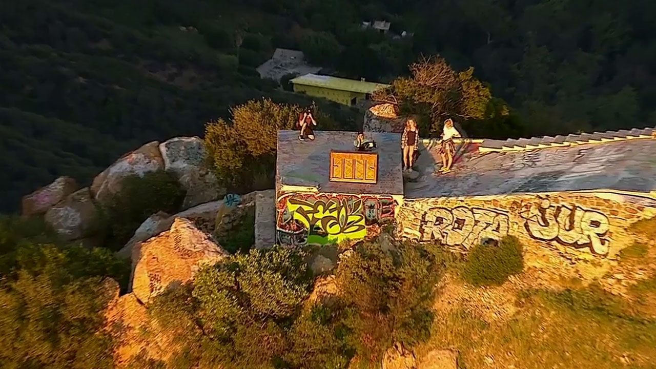 A piano has mysteriously appeared at the Topanga Lookout in the Santa Monica Mountains National Recreation Area.
