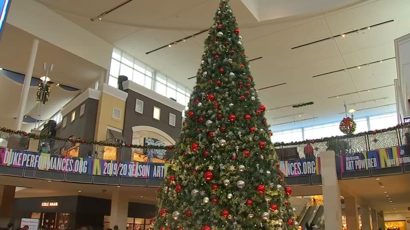 Stores Open On Christmas Day.List Of Stores Open On Christmas Eve Abc11 Raleigh Durham