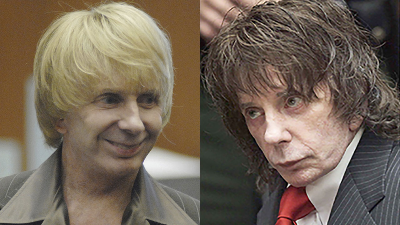 Phil Spector is shown wearing wigs at his murder trial in 2007 (left) and 2009 (right).