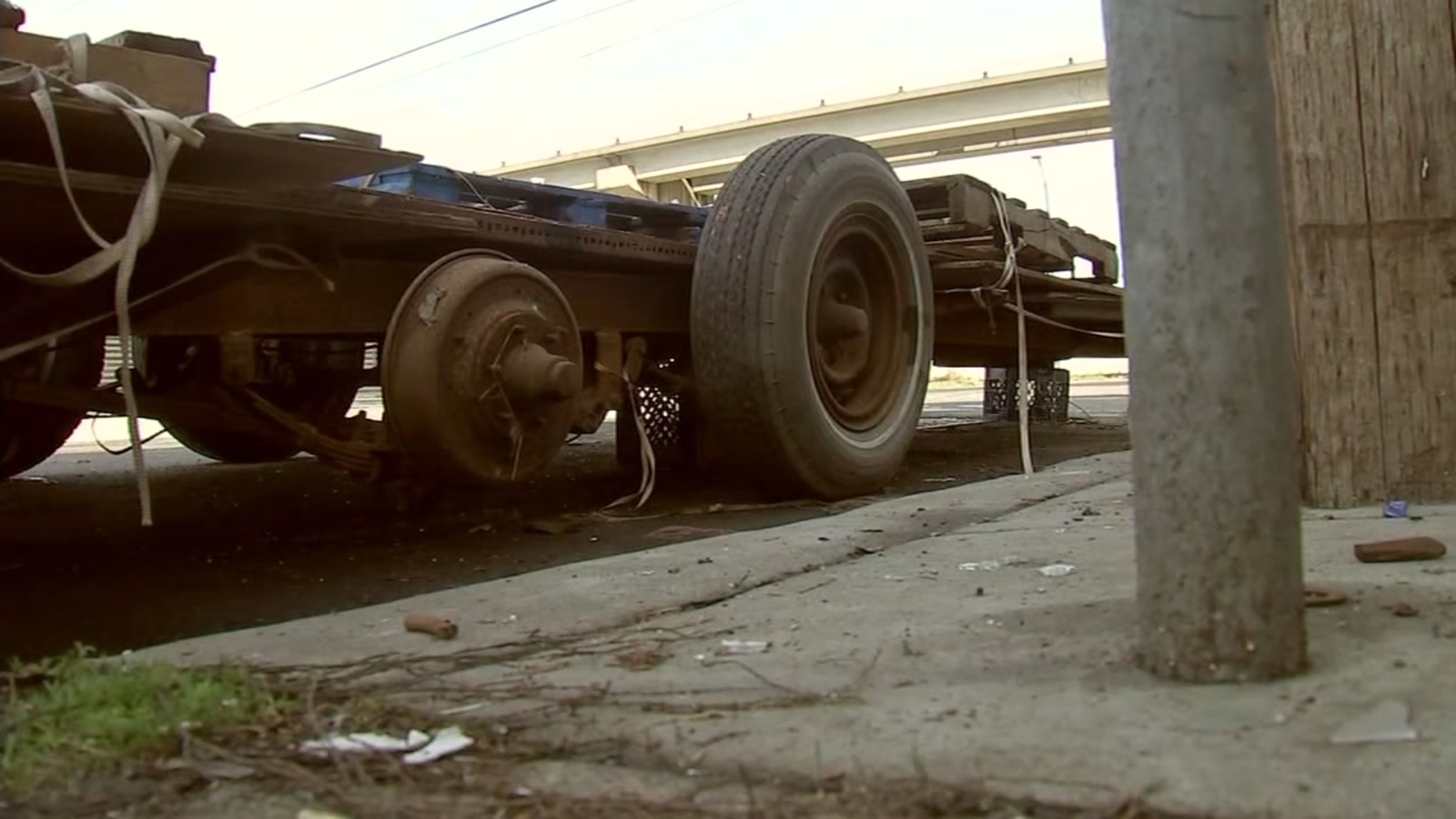 Trailer with toxic waste found dumped in Oakland neighborhood, officials address illegal dumping issue