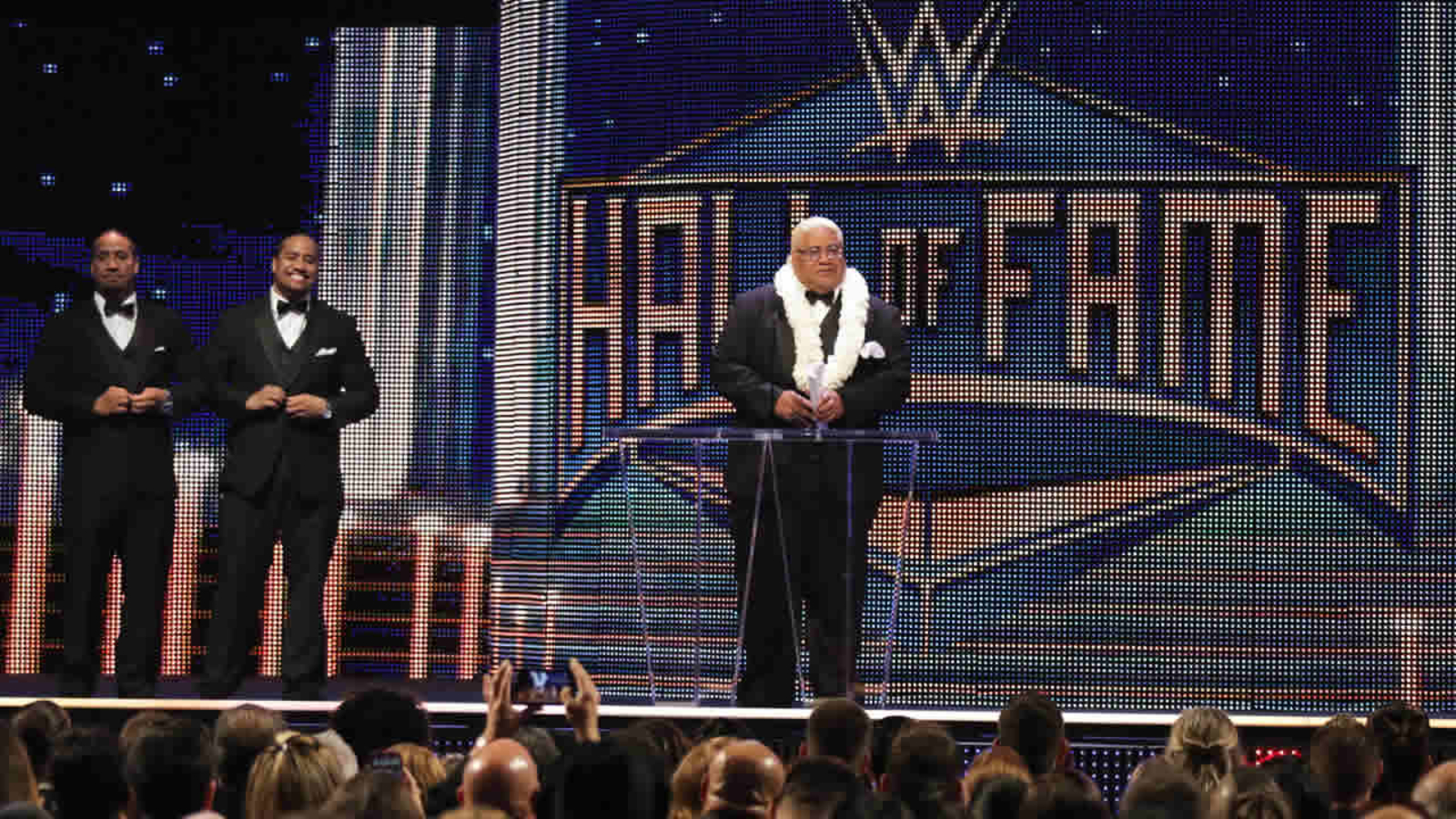 PHOTOS: WWE inducts wrestling superstars into Hall of Fame ...