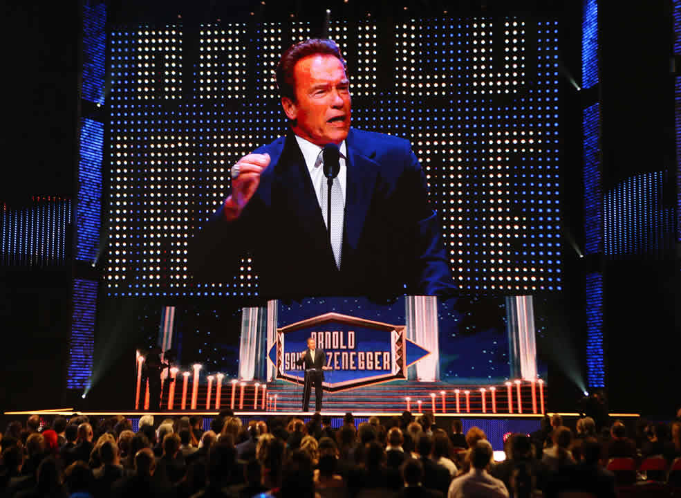 "<div class=""meta image-caption""><div class=""origin-logo origin-image none""><span>none</span></div><span class=""caption-text"">Inductee Arnold Schwarzenegger greets the crowd at the WWE Hall of Fame Ceremony, on Saturday, March 28, 2015 in San Jose, Calif. (Don Feria/AP Images for WWE)</span></div>"