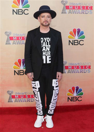 "<div class=""meta image-caption""><div class=""origin-logo origin-image none""><span>none</span></div><span class=""caption-text"">Boy George arrives at the iHeartRadio Music Awards at The Shrine Auditorium on Sunday, March 29, 2015 (AP)</span></div>"
