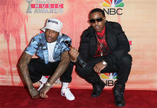 "<div class=""meta image-caption""><div class=""origin-logo origin-image none""><span>none</span></div><span class=""caption-text"">YG, left, and Jeremih pose in the press room with the award for hip-hop/R&B song of the year for ""Don't Tell 'Em"" at the iHeartRadio Music Awards (Photo/John Salangsang)</span></div>"