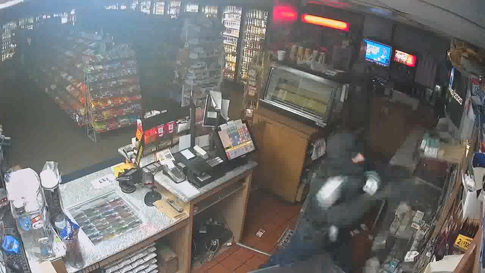 Brazen tobacco thieves, believed to be part of larger operation, strike Fresno County gas station