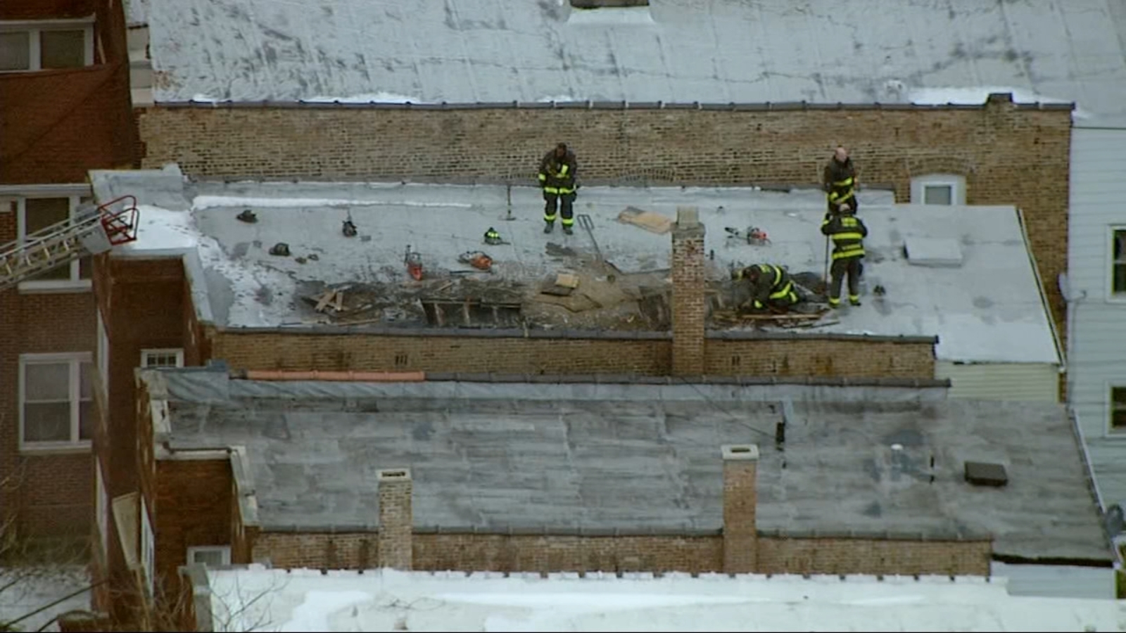 1 adult, 1 child rescued from Chatham fire
