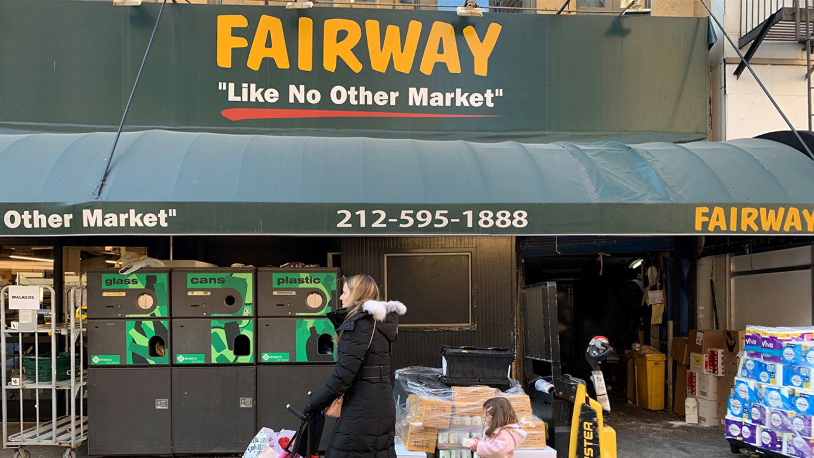 Fairway Market to sell 5 stores, file for Chapter 11 bankruptcy