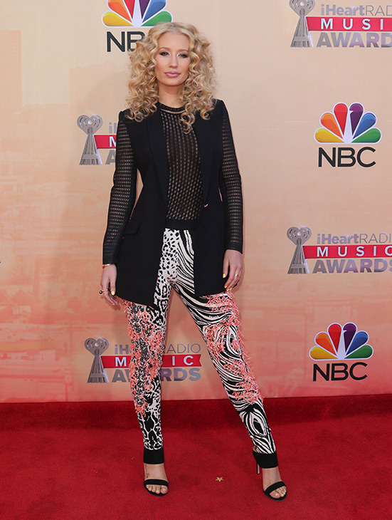 """<div class=""""meta image-caption""""><div class=""""origin-logo origin-image none""""><span>none</span></div><span class=""""caption-text"""">Iggy Azalea arrives at the iHeartRadio Music Awards at The Shrine Auditorium on Sunday, March 29, 2015, in Los Angeles. (John Salangsang/Invision/AP)</span></div>"""