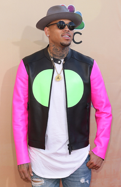 """<div class=""""meta image-caption""""><div class=""""origin-logo origin-image none""""><span>none</span></div><span class=""""caption-text"""">Chris Brown arrives at the iHeartRadio Music Awards at The Shrine Auditorium on Sunday, March 29, 2015, in Los Angeles. (John Salangsang/Invision/AP)</span></div>"""