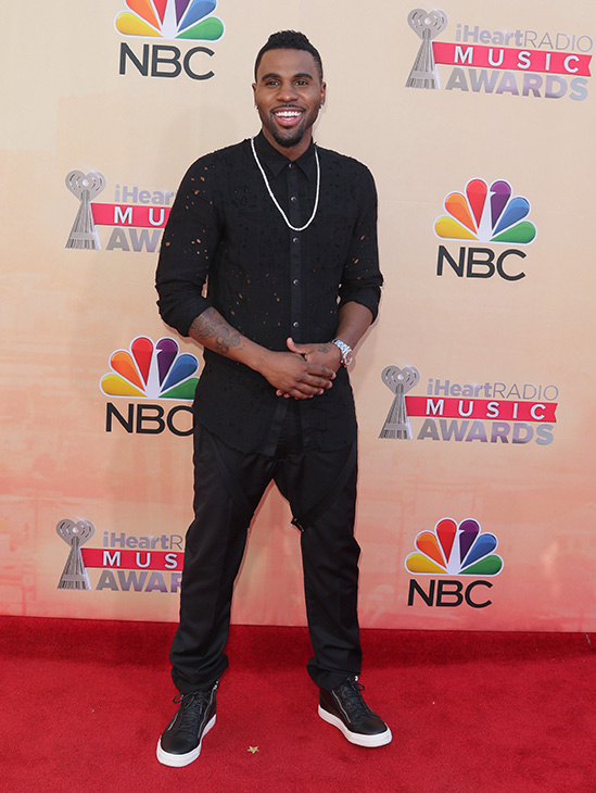 """<div class=""""meta image-caption""""><div class=""""origin-logo origin-image none""""><span>none</span></div><span class=""""caption-text"""">Jason Derulo arrives at the iHeartRadio Music Awards at The Shrine Auditorium on Sunday, March 29, 2015, in Los Angeles. (John Salangsang/Invision/AP)</span></div>"""
