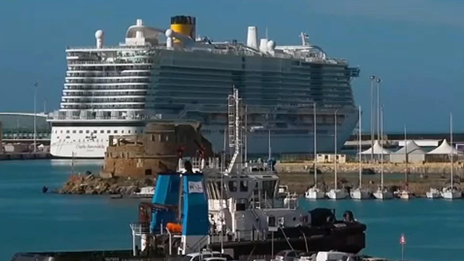 Coronavirus  7 000 Stuck On Cruise Ship Off Italian Coast Amid Outbreak Concerns