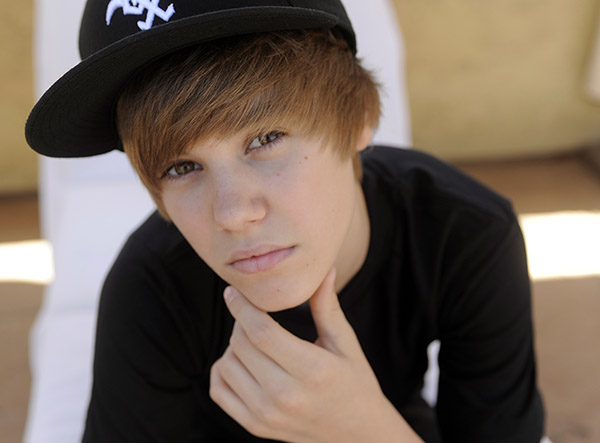 "<div class=""meta image-caption""><div class=""origin-logo origin-image ap""><span>AP</span></div><span class=""caption-text"">Singer Justin Bieber poses for a portrait in West Hollywood, Calif., Thursday, May 6, 2010.</span></div>"
