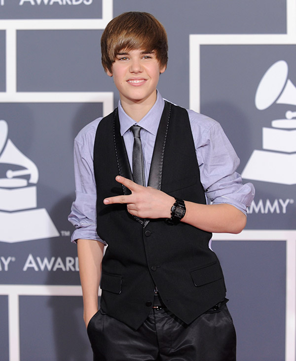 "<div class=""meta image-caption""><div class=""origin-logo origin-image ap""><span>AP</span></div><span class=""caption-text"">Justin Bieber arrives at the Grammy Awards on Sunday, Jan. 31, 2010, in Los Angeles.</span></div>"