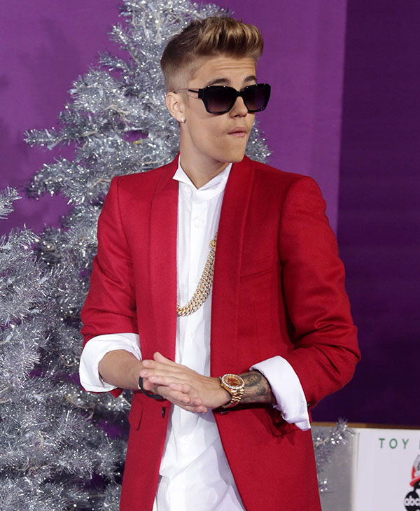 "<div class=""meta image-caption""><div class=""origin-logo origin-image ap""><span>AP</span></div><span class=""caption-text"">Justin Bieber seen at the World Premiere of Open Road's ""Justin Bieber's Believe"" presented by Teen Vogue and sponsored by Clearasil, on Wednesday, Dec. 18, 2013 in Los Angeles.</span></div>"
