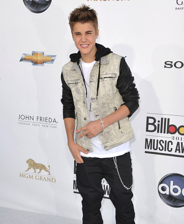"<div class=""meta image-caption""><div class=""origin-logo origin-image ap""><span>AP</span></div><span class=""caption-text"">Justin Bieber arrives at the 2012 Billboard Awards at the MGM Grand on Sunday, May 20, 2012 in Las Vegas, NV.</span></div>"