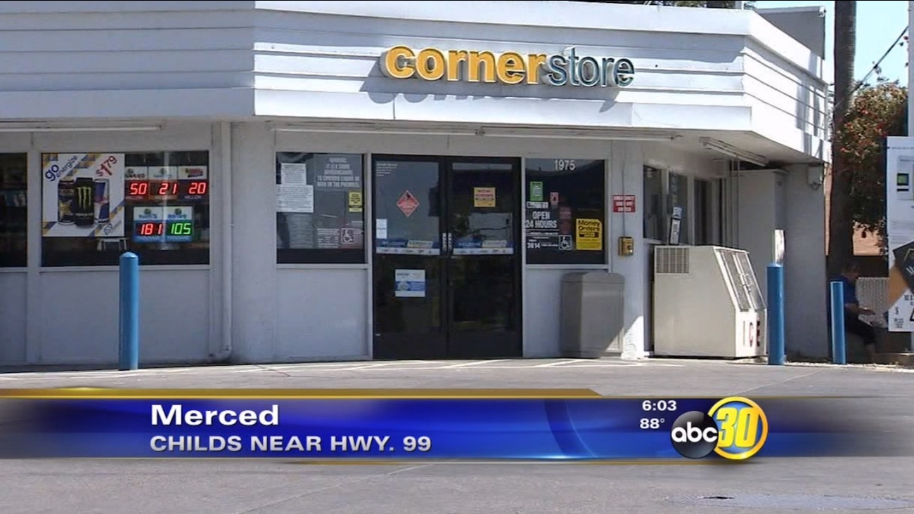 Masked robber hits Merced gas station