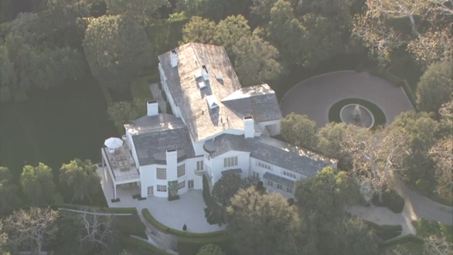 Jeff Bezos Buys David Geffen S La Mansion For Record 165 Million Abc7 San Francisco