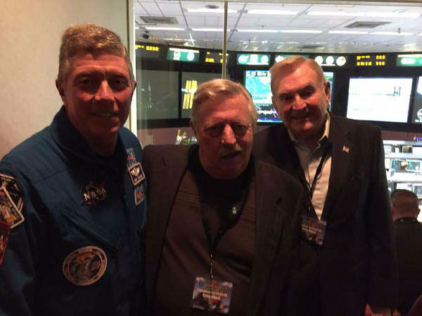 """<div class=""""meta image-caption""""><div class=""""origin-logo origin-image none""""><span>none</span></div><span class=""""caption-text"""">Dave Ward with astronauts Mark and Scott Kelly's dad, along with astronaut Mike Fossum (KTRK Photo)</span></div>"""