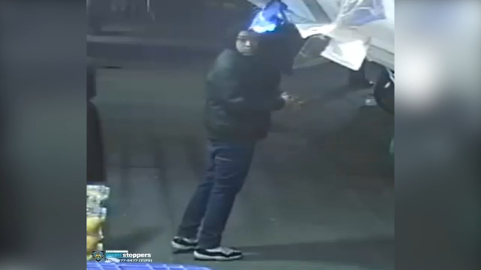 Surveillance video of suspect released after innocent social worker killed in Manhattan