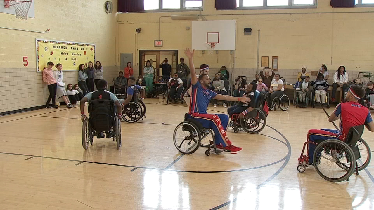Harlem Globetrotters take court with wheelchair basketball players in Philadelphia