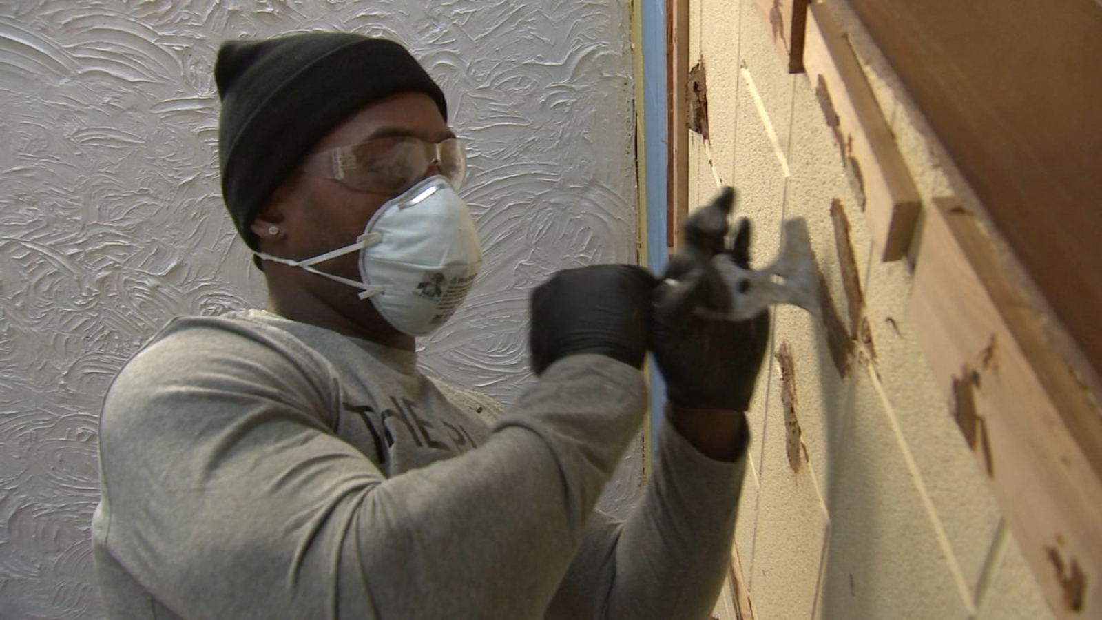 Plan B Foundation helps formerly incarcerated residents find construction jobs in Chicago