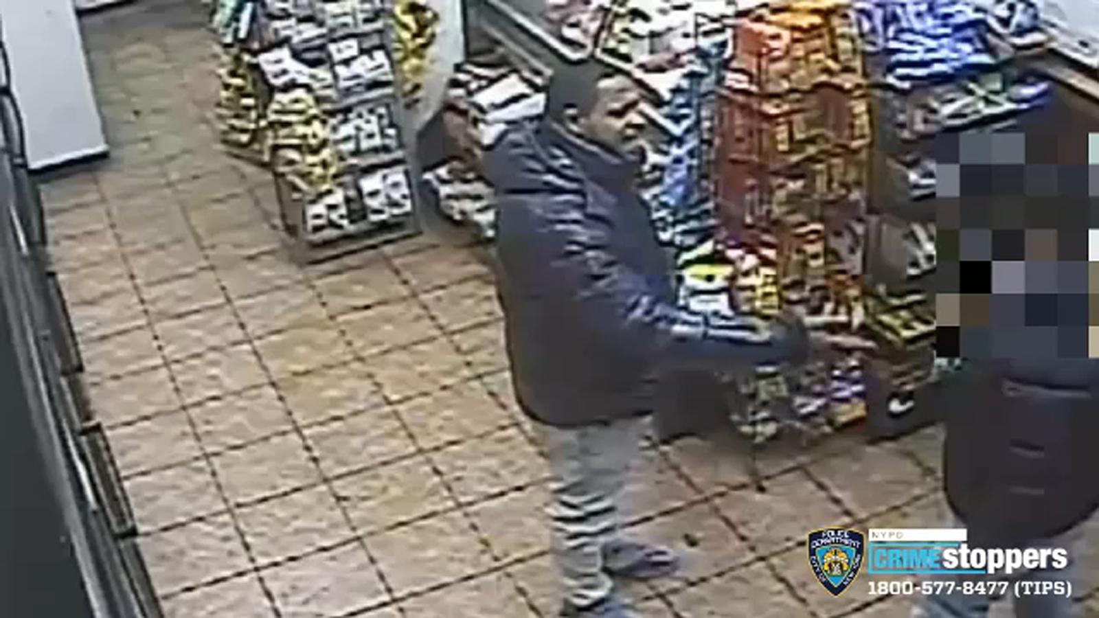 Man stabbed multiple times in Manhattan deli during argument