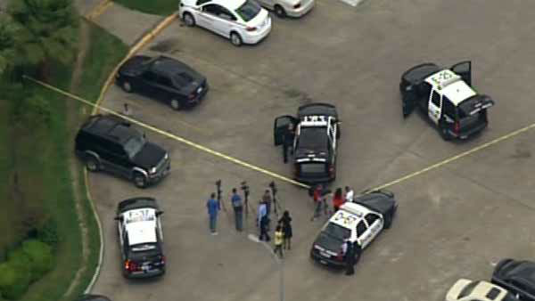 """<div class=""""meta image-caption""""><div class=""""origin-logo origin-image none""""><span>none</span></div><span class=""""caption-text"""">A man is in police custody for allegedly snatching a child from a laundromat in SW Houston.</span></div>"""