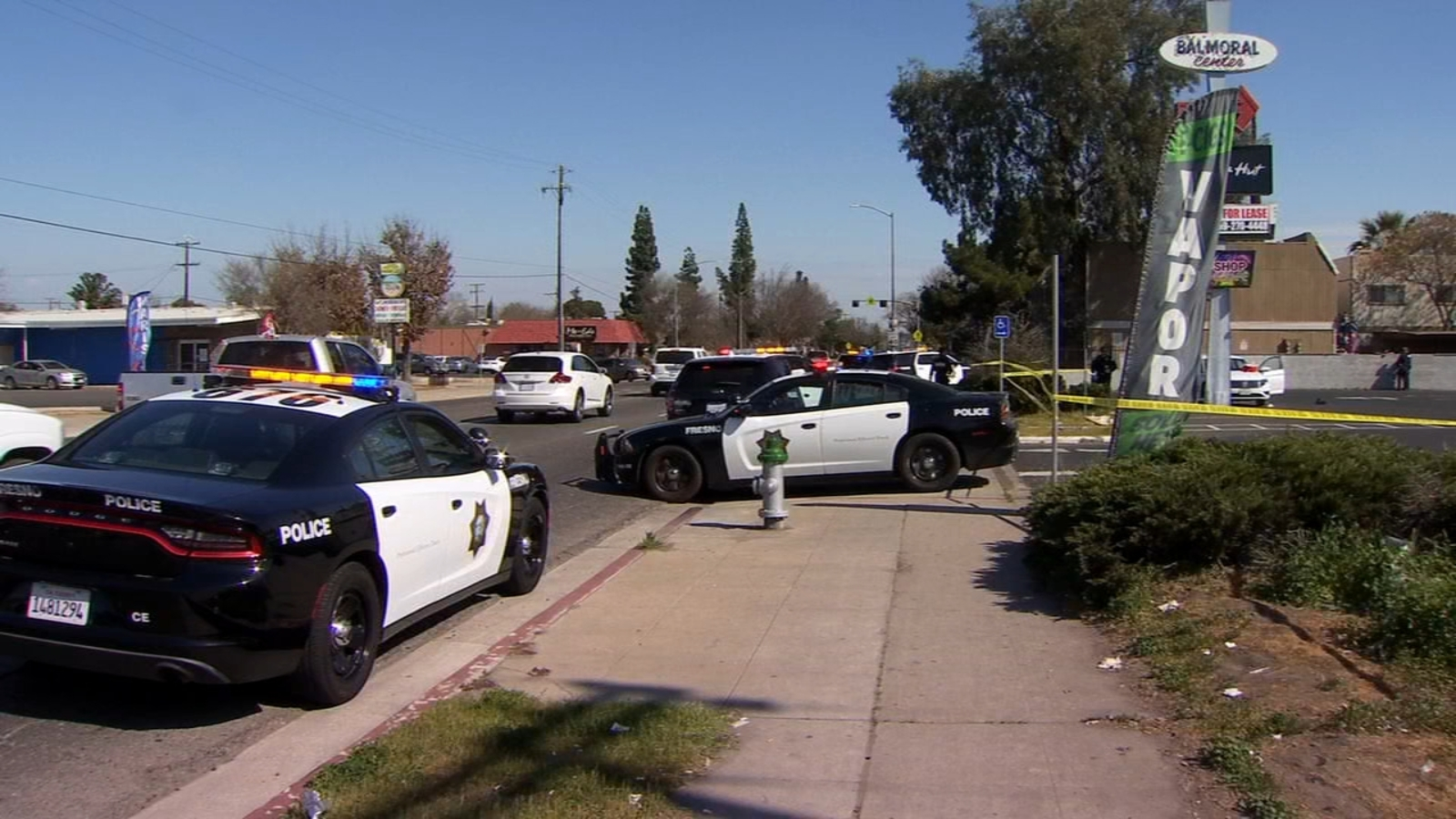 Shooting victim found in central Fresno parking lot dies, police searching for suspect