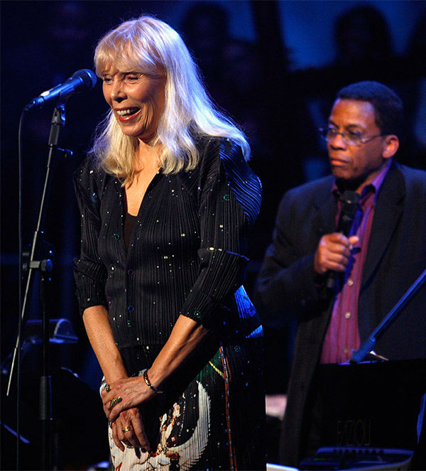"""<div class=""""meta image-caption""""><div class=""""origin-logo origin-image none""""><span>none</span></div><span class=""""caption-text"""">March 2008: Joni Mitchell and Herbie Hancock perform as part of Nissan Live Sets on Yahoo! Music in Los Angeles. (AP)</span></div>"""