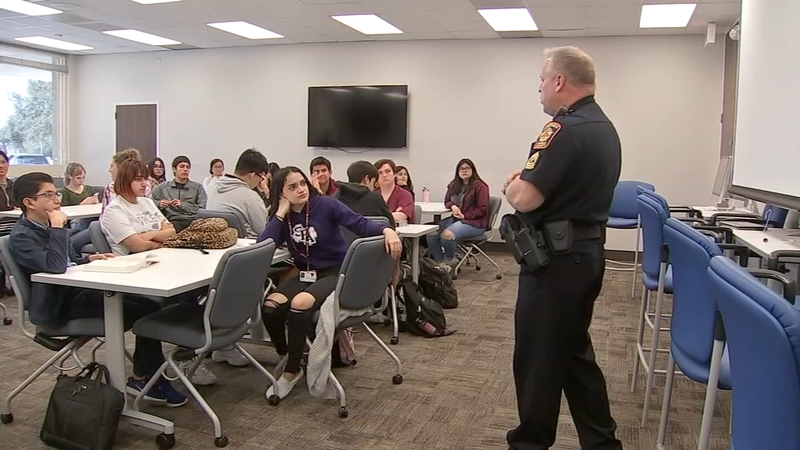 Teens Learn About Law Enforcement From Deputy Constables At The Guthrie Center Abc13 Houston