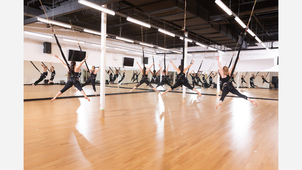 The Full Body Bungee Workout At Pop Fit Studio In Havertown Will Have You Flying Literally Abc13 Houston