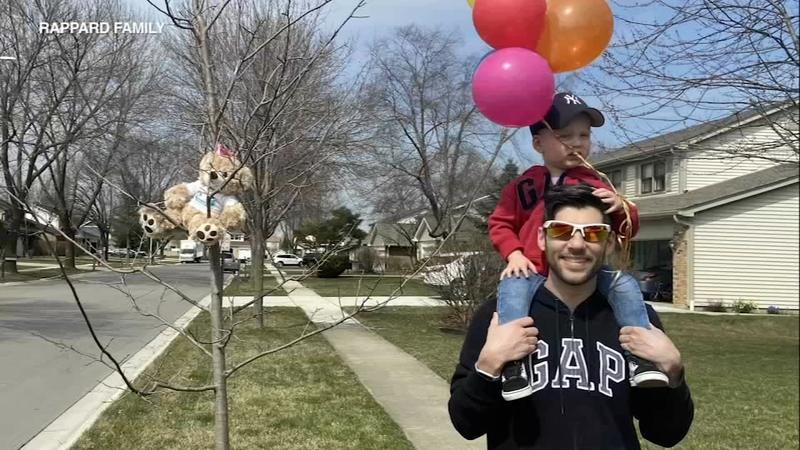 Coronavirus Illinois Schaumburg Neighborhood Helps Luca 2 Celebrate Golden Birthday Amid Covid 19 Crisis Abc7 Chicago