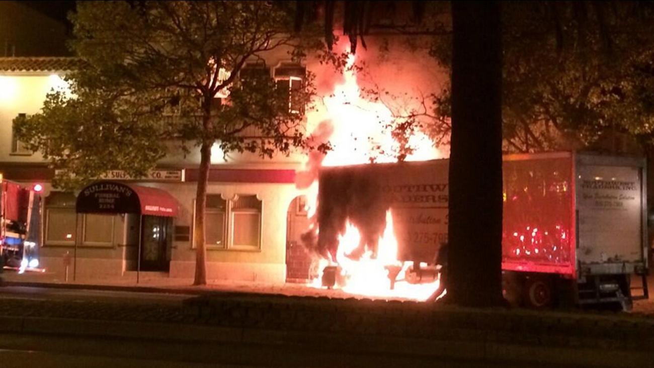 Big-rig accident causes fire in the Castro District (Courtesy Matt Oertli via Twitter)