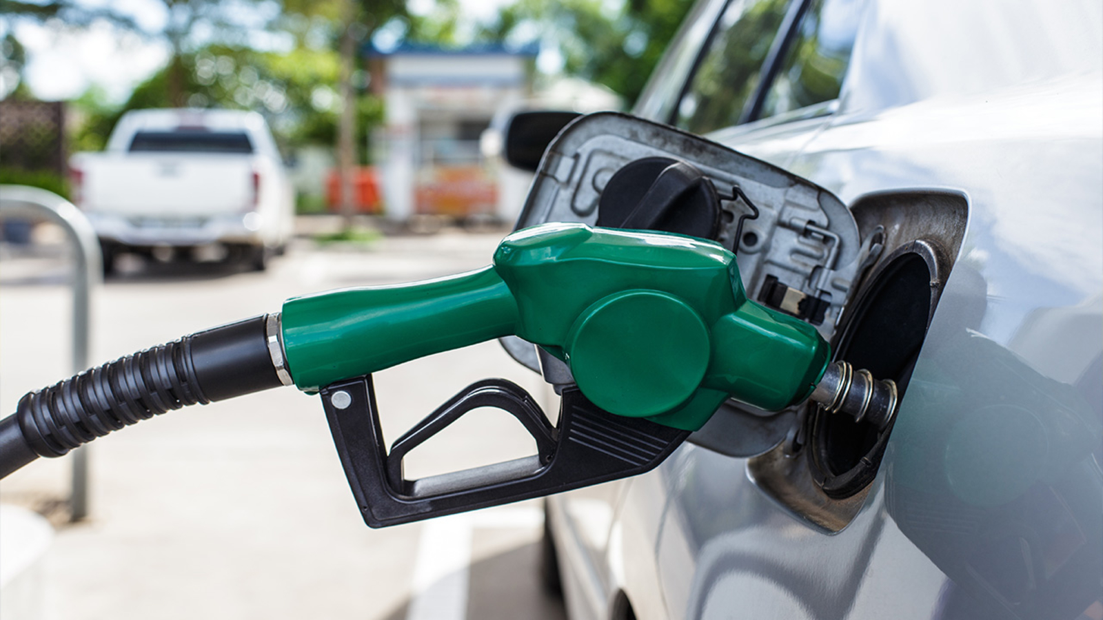 Gas prices in Los Angeles: Average LA County gas price rises for 47th time in 48 days - KABC-TV