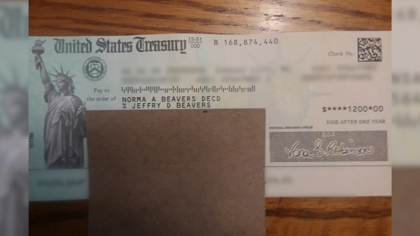 IRS sends stimulus checks to dead people, leaving loved ...
