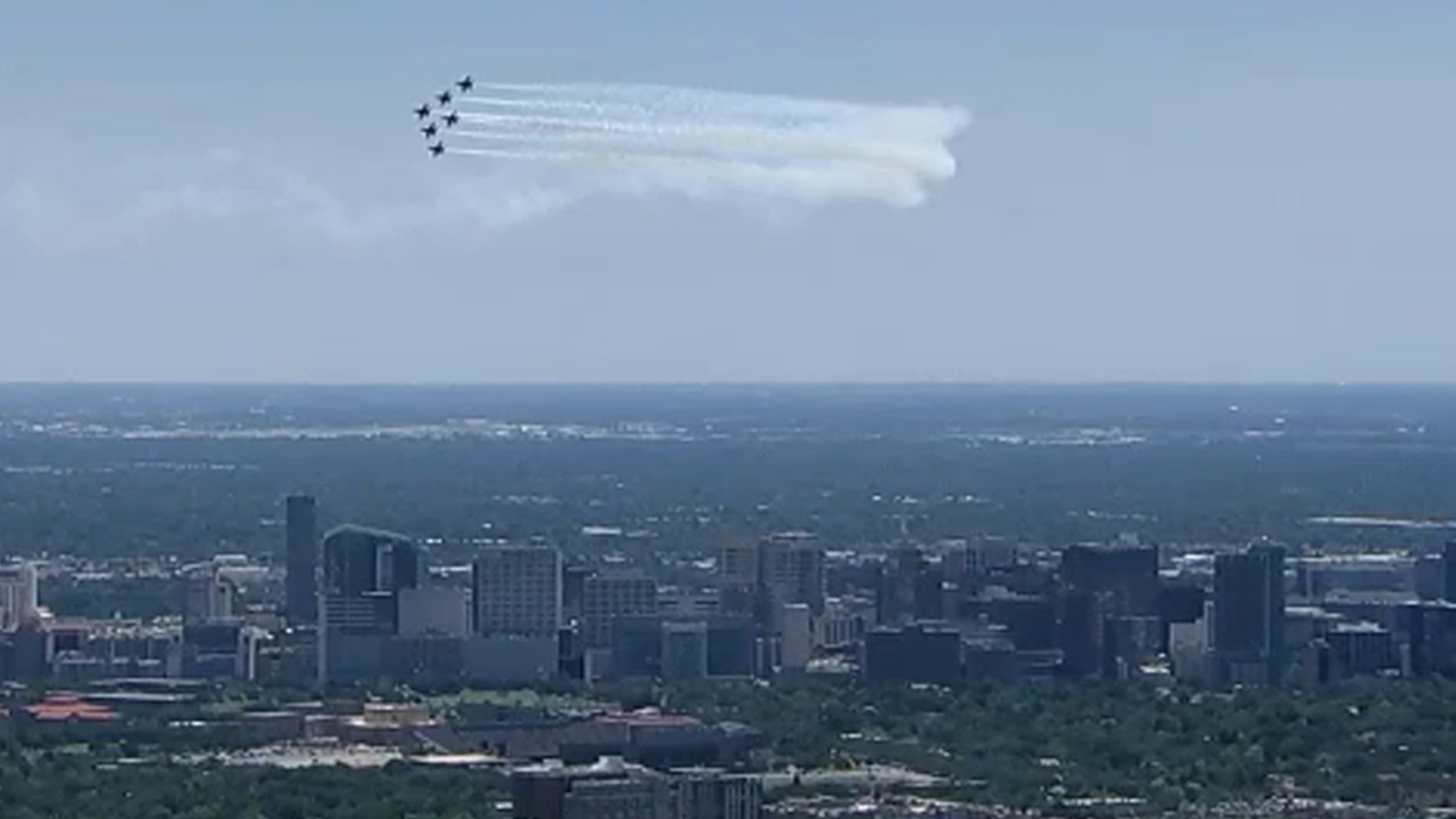 Blue Skies Of Texas >> Blue Angels fly over Houston for COVID-19 frontline workers - ABC13 Houston