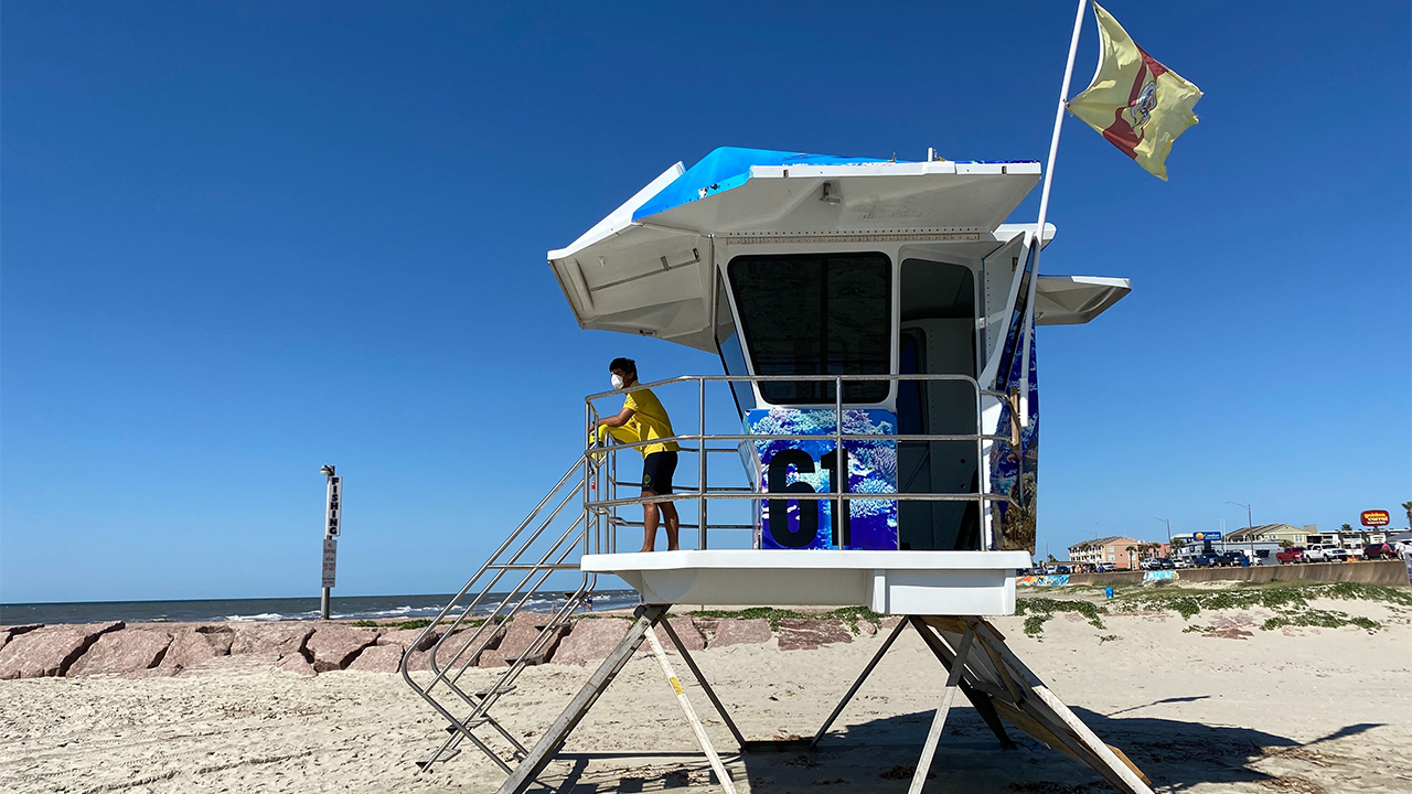 Shortage Of Lifeguards Won T Be A Problem This Memorial Day