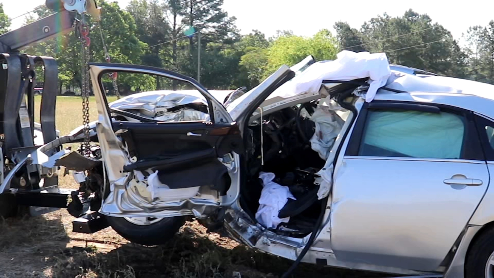 2 Killed In Crash On Nc 55 In Harnett County Between Dunn