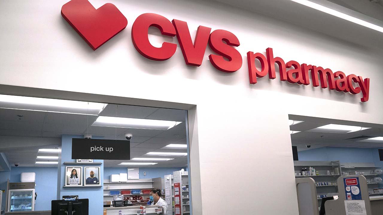 Coronavirus In Us Cvs To Open 1 000 Covid 19 Testing Sites By End Of May Abc7 Chicago