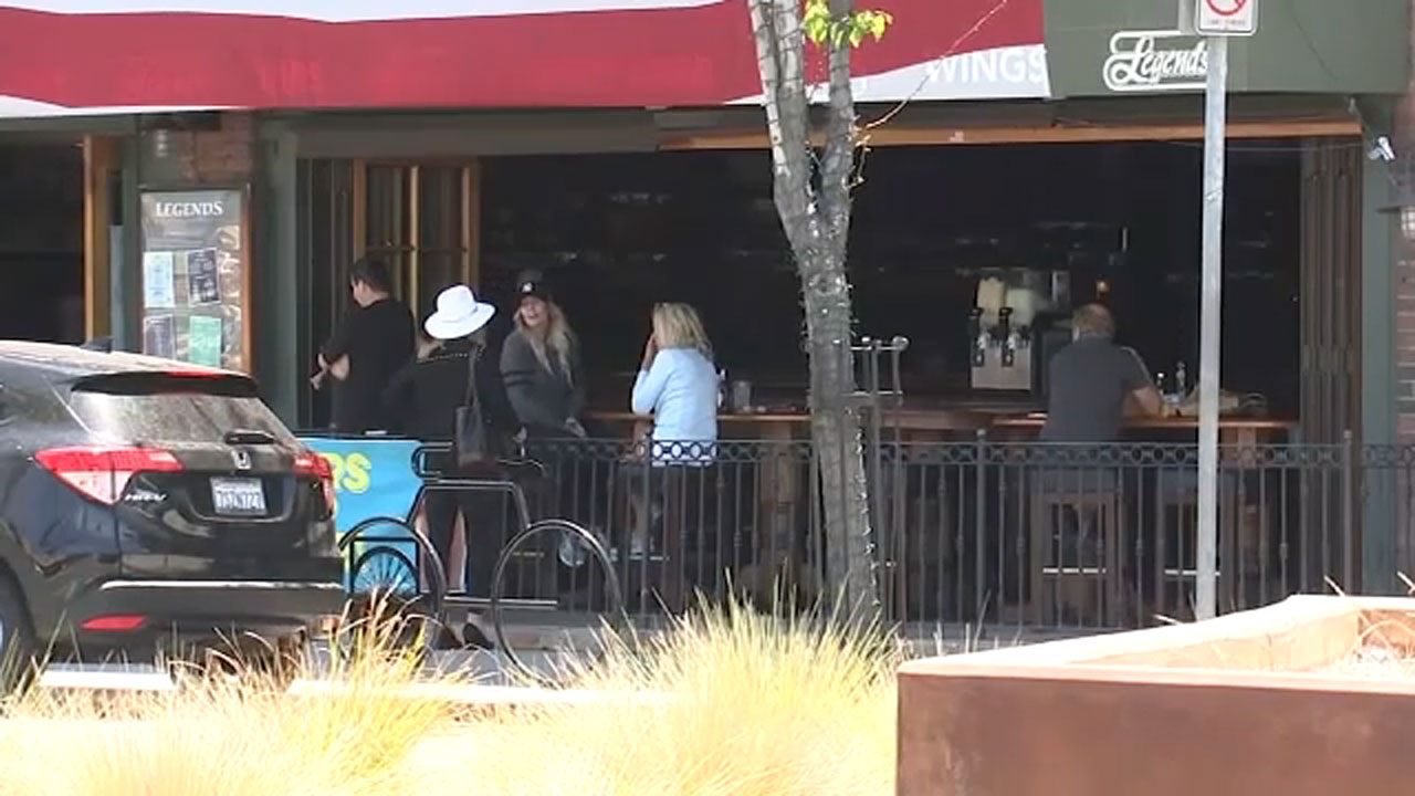 Long Beach Moves Forward With Plan To Use Streets For Outdoor Dining Abc7 Los Angeles