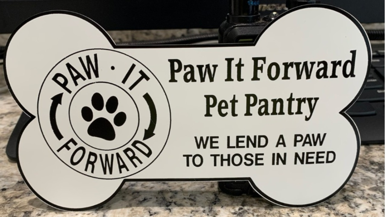 Coronavirus News: Paw it Forward Pet Pantry in need of donations in Valley Stream