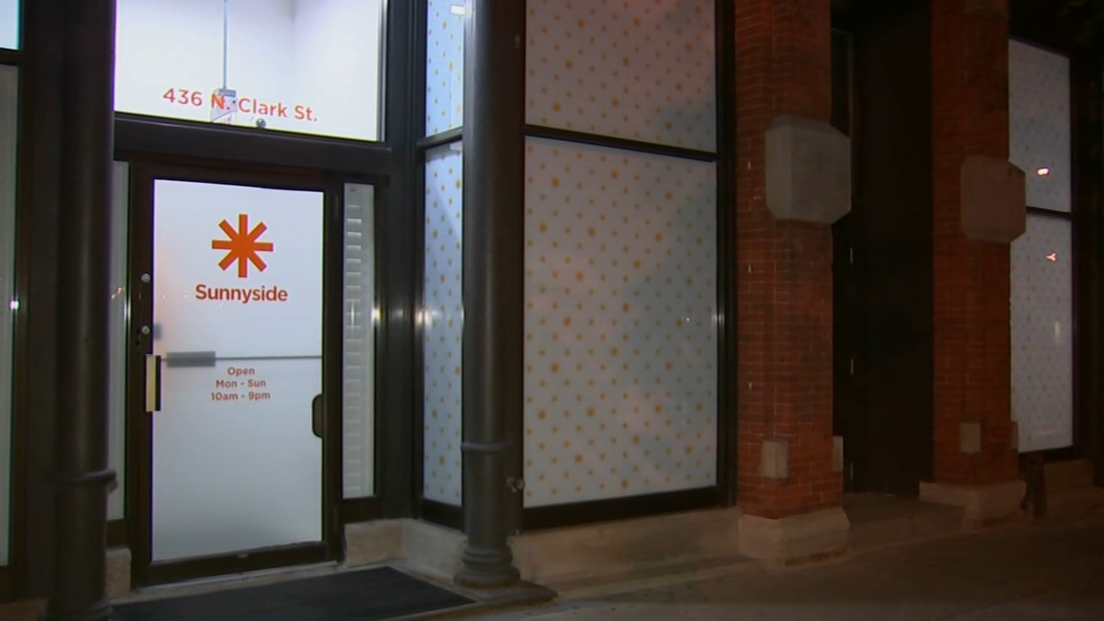 First recreational marijuana dispensary in downtown Chicago opens in River North