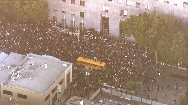 This image shows protesters at the Hall of Justice in San Francisco on June 3, 2020.
