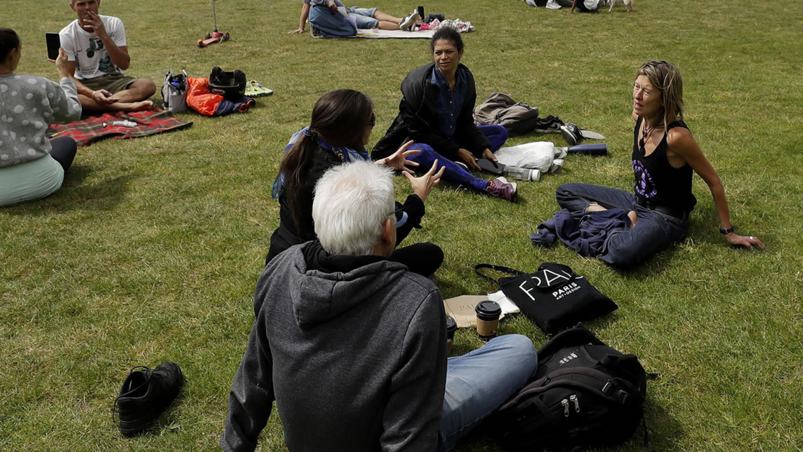 Coronavirus: Alameda County modifies stay-at-home order to allow 'social bubbles'