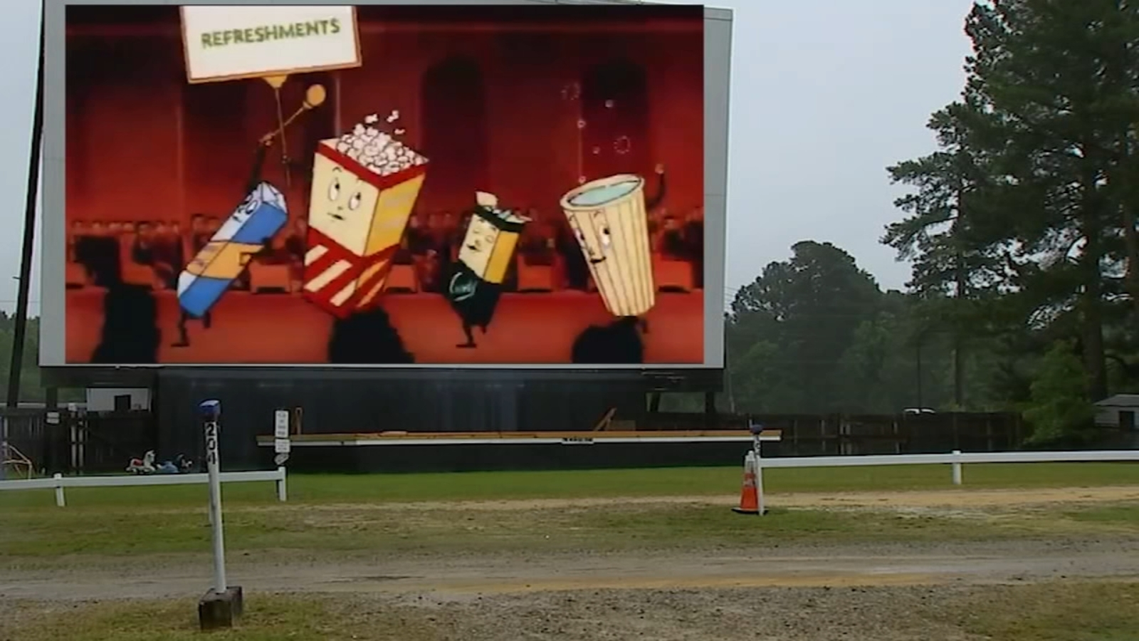 Coronavirus Nc With Built In Social Distancing North Carolina Drive In Movie Theaters See Business Boom Amid Covid 19 Pandemic Abc11 Raleigh Durham