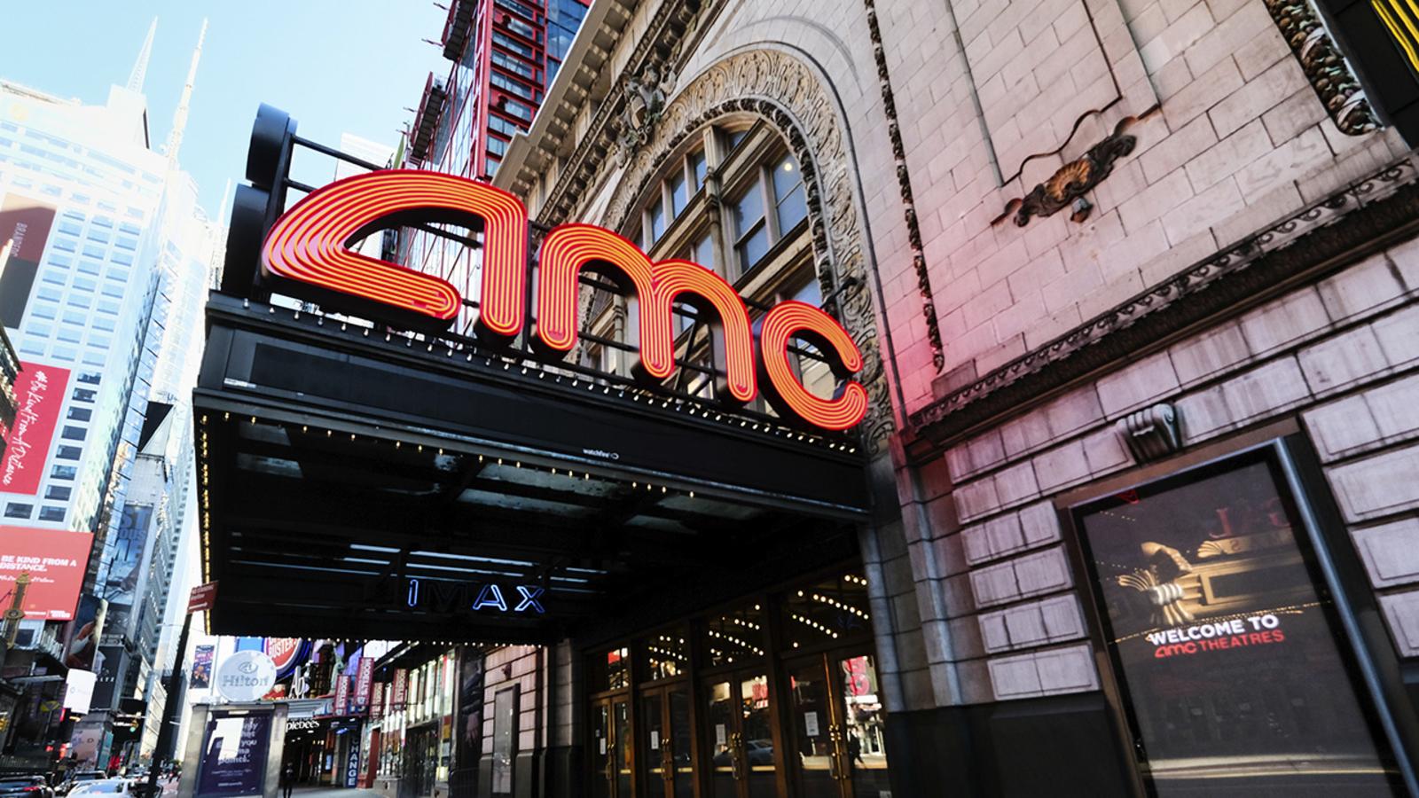 Americas Coolest Dine-In Movie Theatres - Food Republic