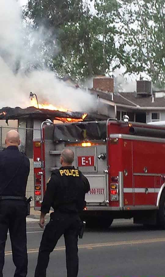 "<div class=""meta image-caption""><div class=""origin-logo origin-image kfsn""><span>KFSN</span></div><span class=""caption-text"">A fire broke out at a home in the area of Tulare Street and Waterman Avenue in Southwest Fresno on Sunday, April 5, 2015. (Marilyn Serrano)</span></div>"