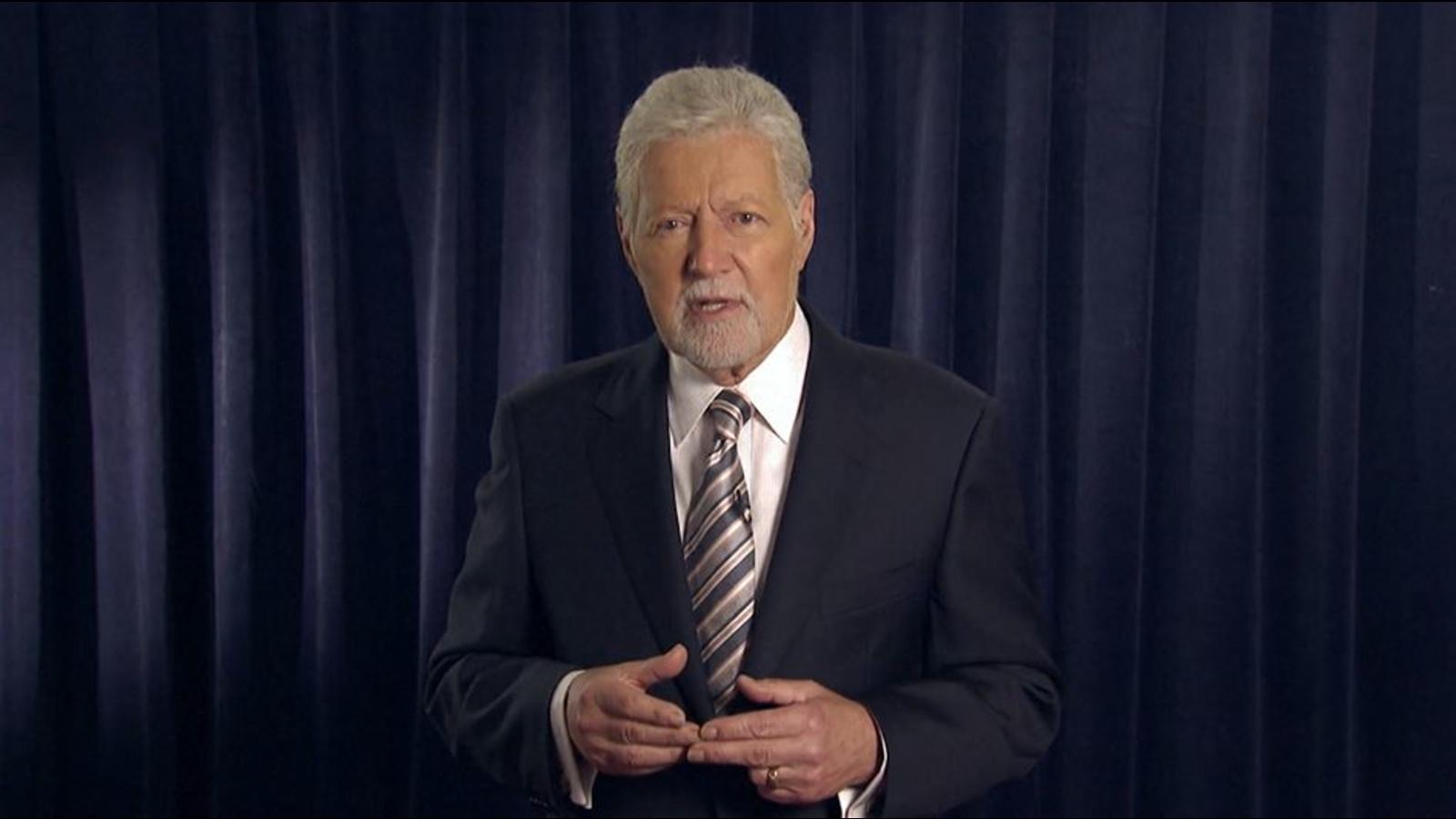 'Jeopardy!' host Alex Trebek gives health update, previews ...